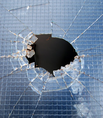 Can Safety Window Films help prevent wired glass incidents?